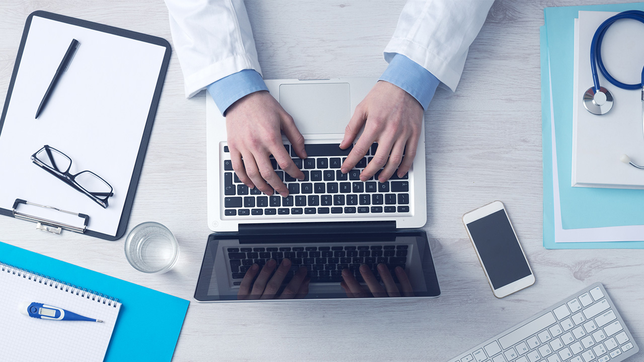 How Healthcare Professionals Can Deal With Negative Reviews