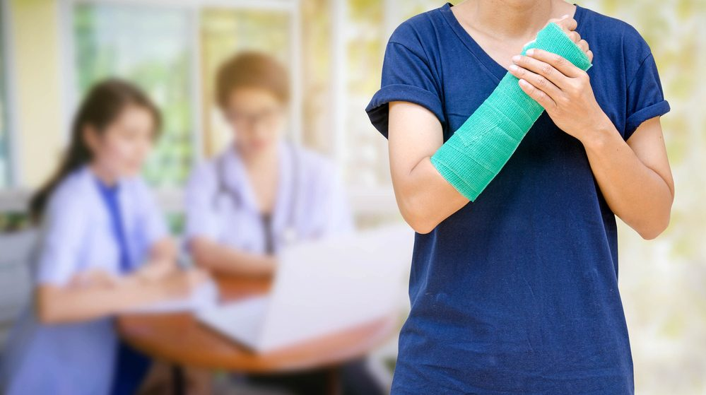 7 Tips to Reduce the Risks of Bone Fractures