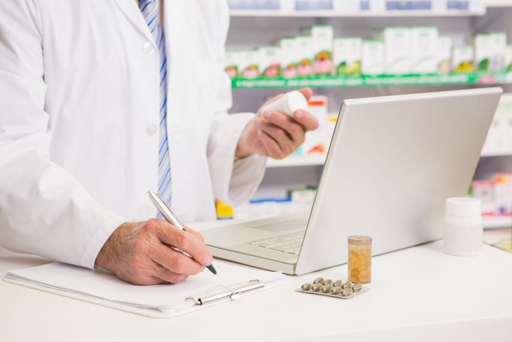 Pharmacists Make 2.3 Million Medication Mistakes – Should You Be Worried?
