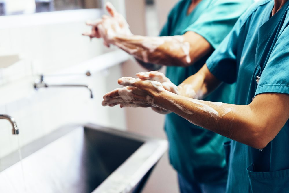 How Nurses Can Prevent Infection From Spreading in a Hospital