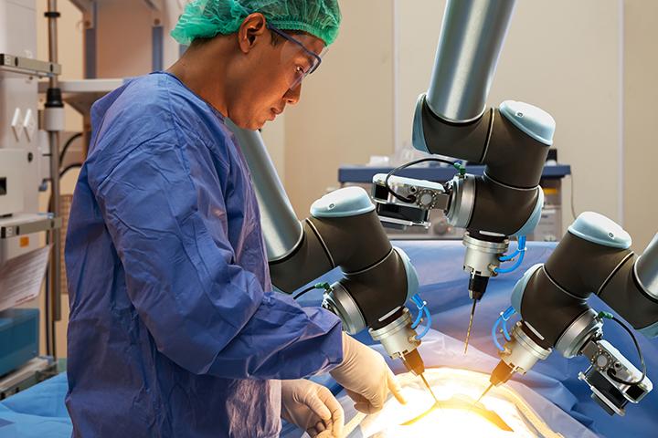 Nanobots: The Bright Future of Surgical Robotics
