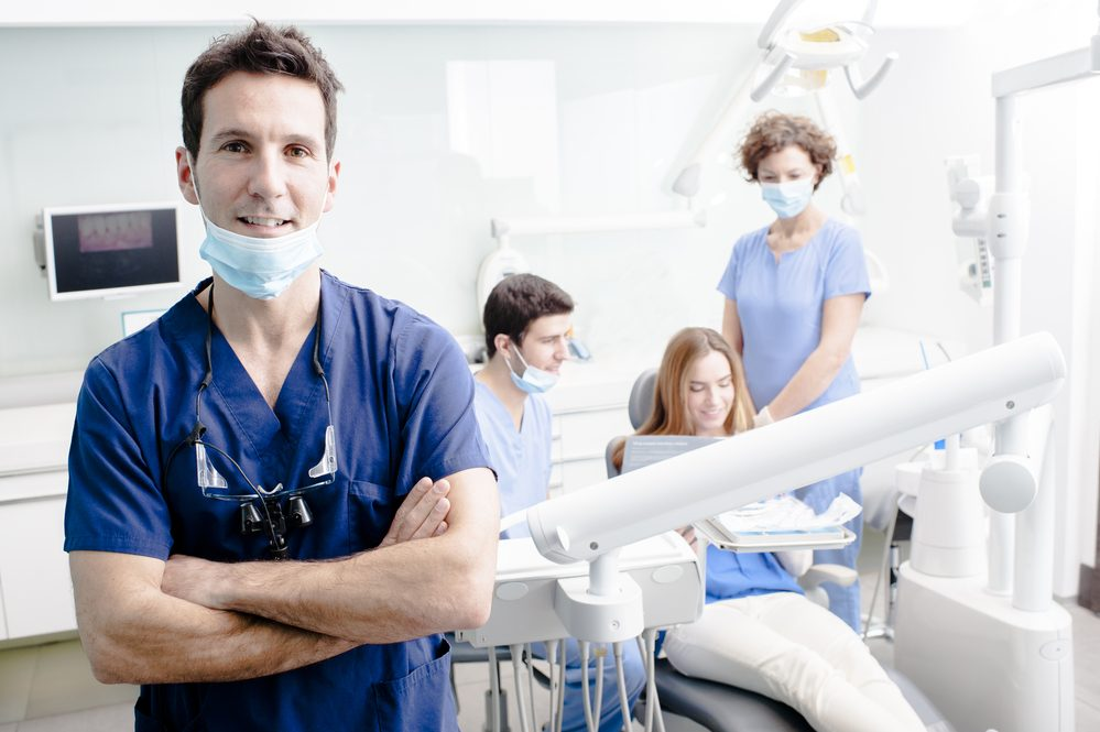 7 Key Factors to Consider When Choosing a Family Dentist