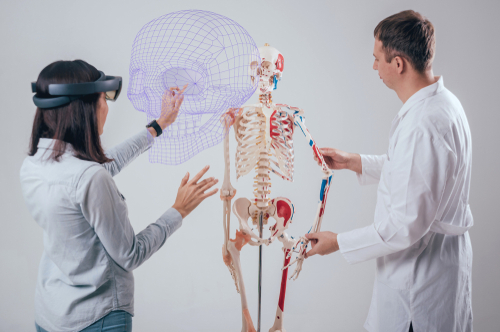 Here's How Augmented Reality For Healthcare Can Create Major Benefits