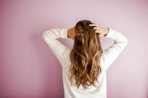 Doctors Must Address Physical, Emotional Concerns With Women's Hair Loss