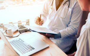 6 Tips for Making a Career Switch to the Healthcare Industry