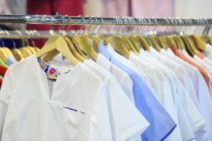 4 Questions To Ask Before Choosing A Healthcare Uniform Services Rental