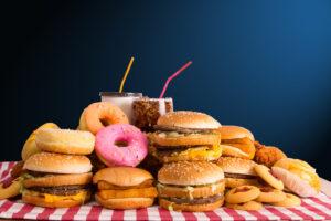 7 Reasons Why Junk Food Mimics Drug Addiction