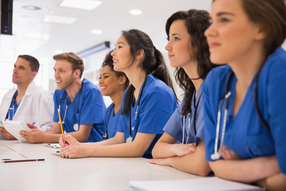 Why Refinancing Medical School Lending Makes Sense